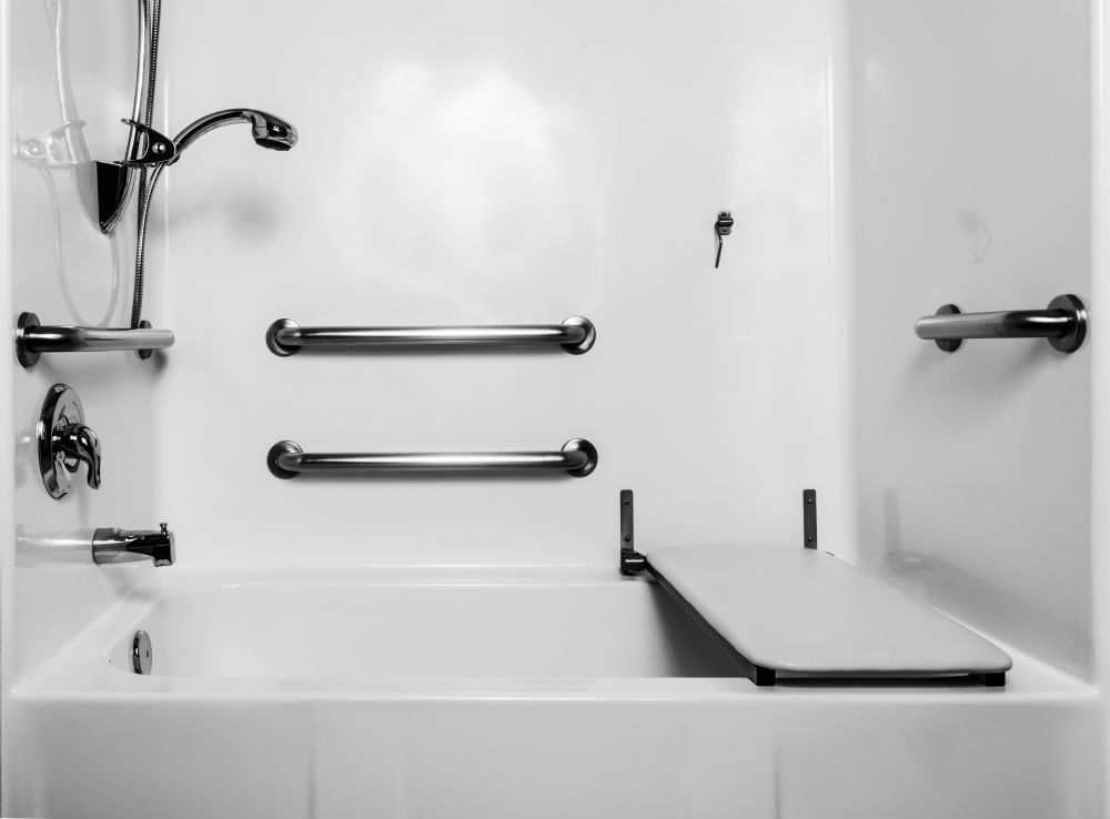 Grab bars and seats in a bath/shower