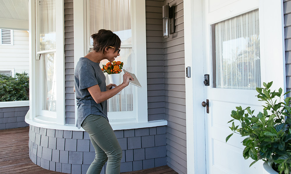 vivint doorbell camera woman talking