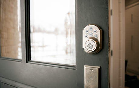 vivint smart home smart locks