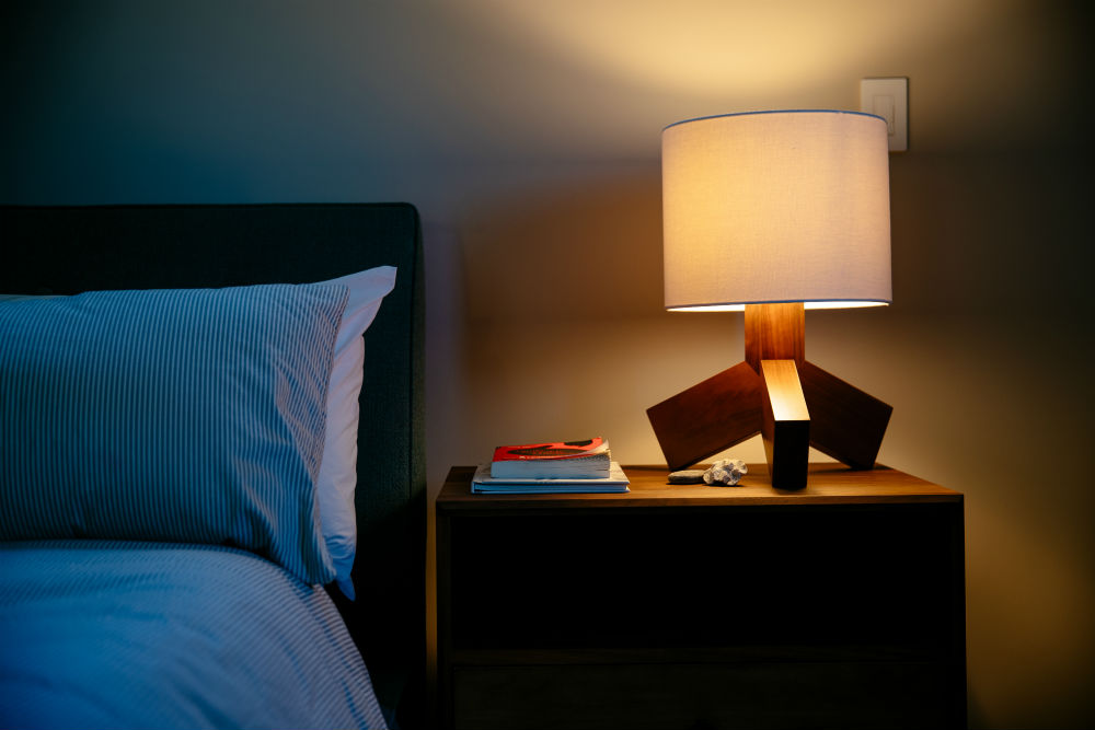 vivint smart lighting lamp