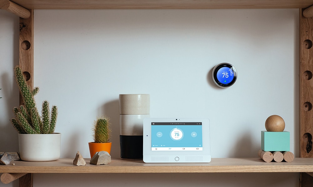 Thermostat wall glance display