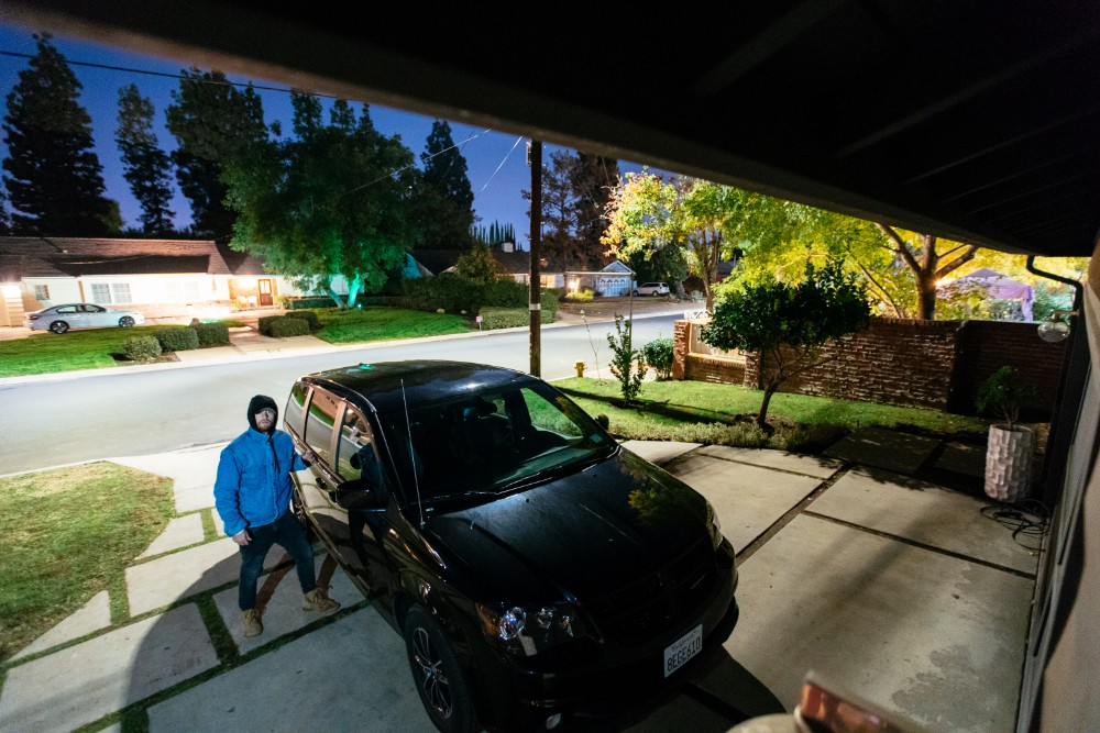 vivint car garage burgler