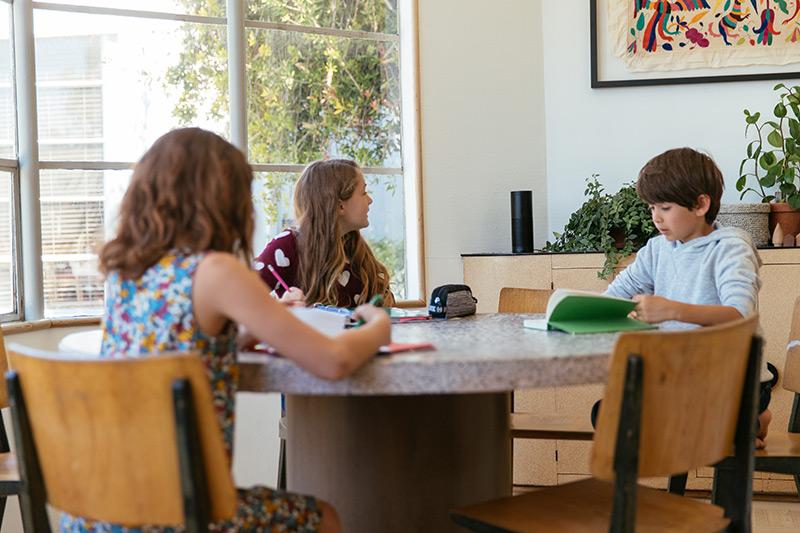 smart speaker vivint smart home family kids